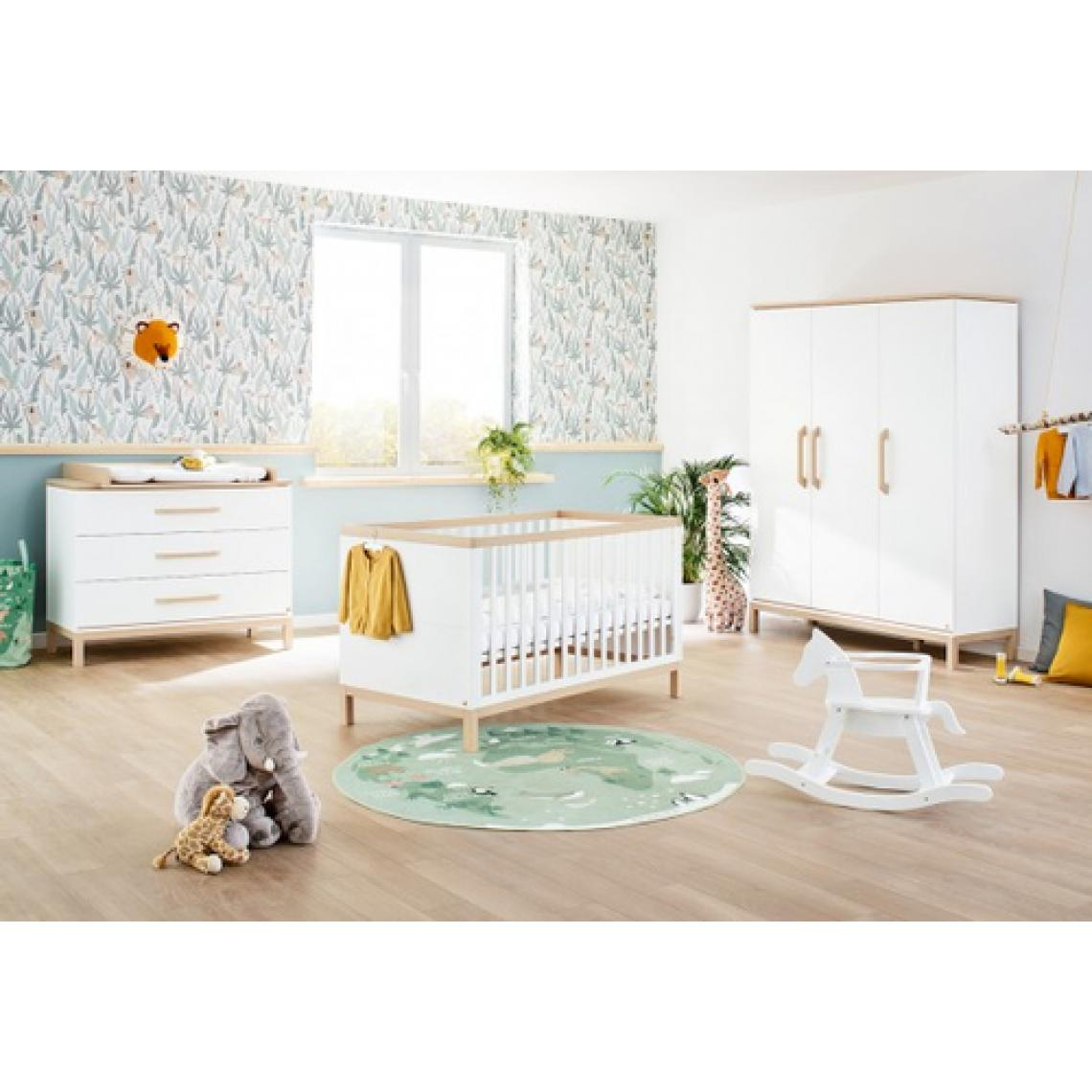 Pinolino Pinolino Chambre de bébé Light 3 pièces lit de bébé évolutif commode à langer large armoire grande