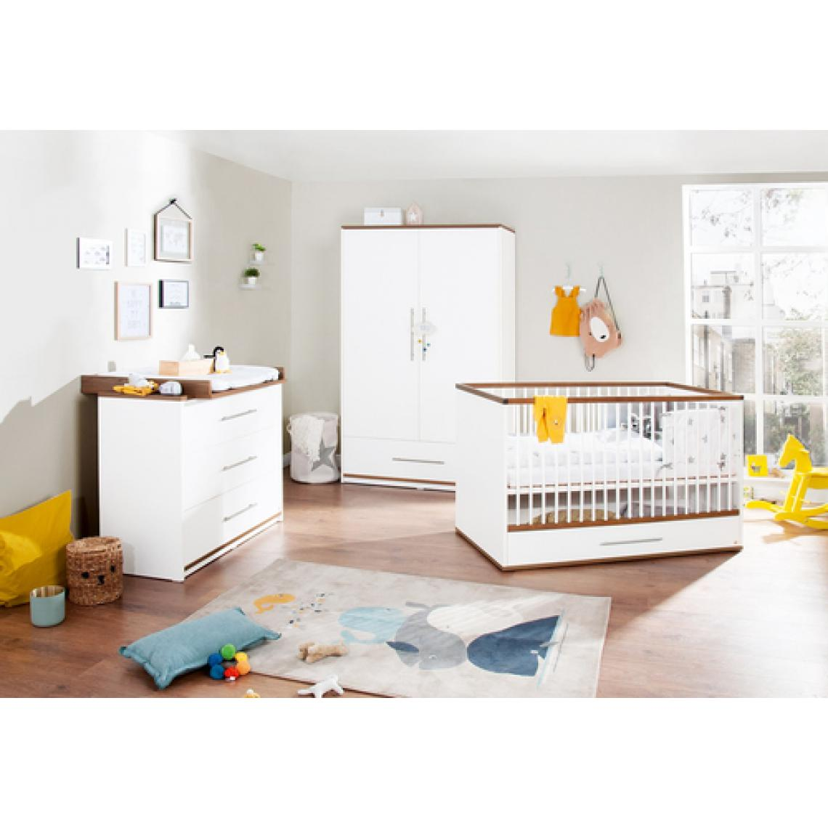 Pinolino Pinolino Chambre de bébé Tuula 3 pièces lit de bébé évolutif commode à langer armoire 2 portes