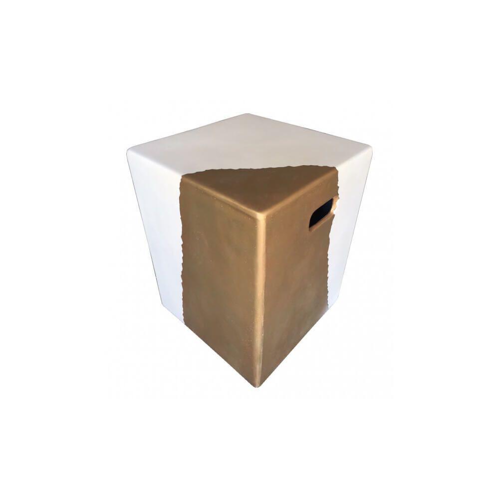 Mathi Design CUBE OR - Bout de canapé béton blanc et or