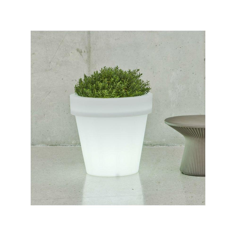 New Garden MAGNOLIA-Pot lumineux LED d'extérieur RGB solaire rechargeable H57cm Blanc New Garden