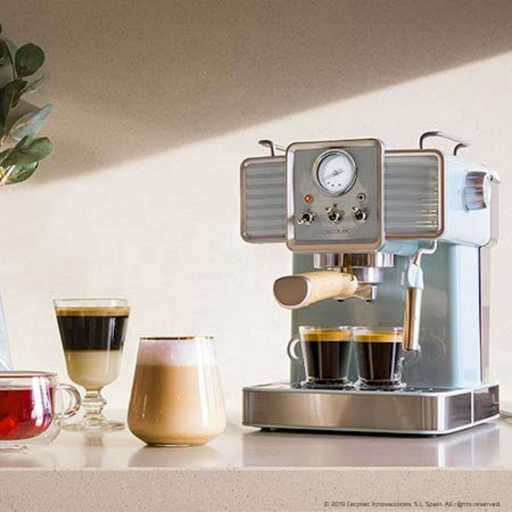 Cecotec machine à café express vintage de 1,5L pour café expresso et cappuccino 1350W gris blanc