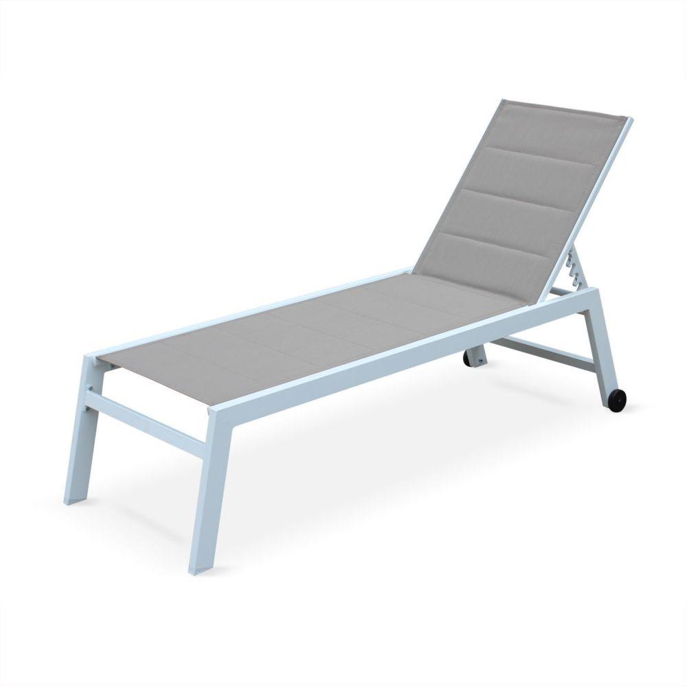 Alice'S Garden bain de soleil Solis en textilène matelassé taupe et structure blanche, transat 6 positions, lounge