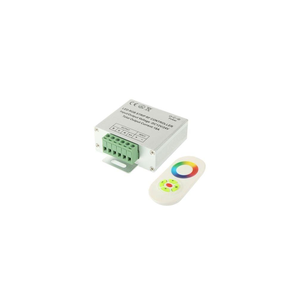 Wewoo Pour la lumière de bande de LED, DC 12-24V Contrôleur de RVB LED avec la télécommande de contact de rf