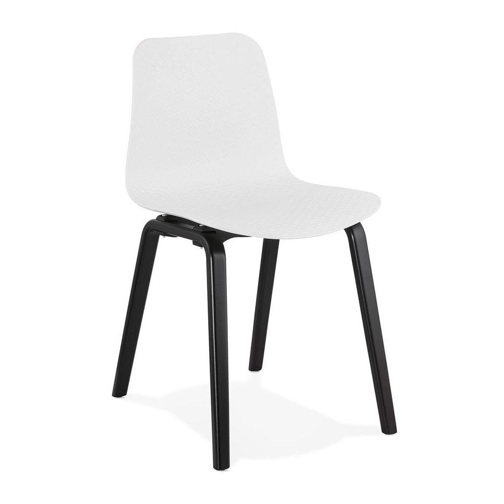 Alterego Chaise design 'PACIFIK' blanche avec pieds en bois noir