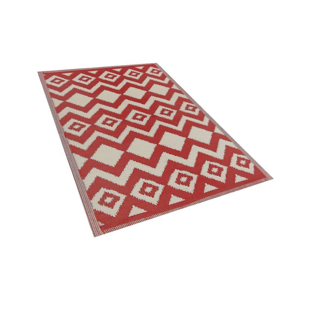 Beliani Beliani Tapis extérieur au motif zigzag rouge 120 x 180 cm DEWAS - rouge
