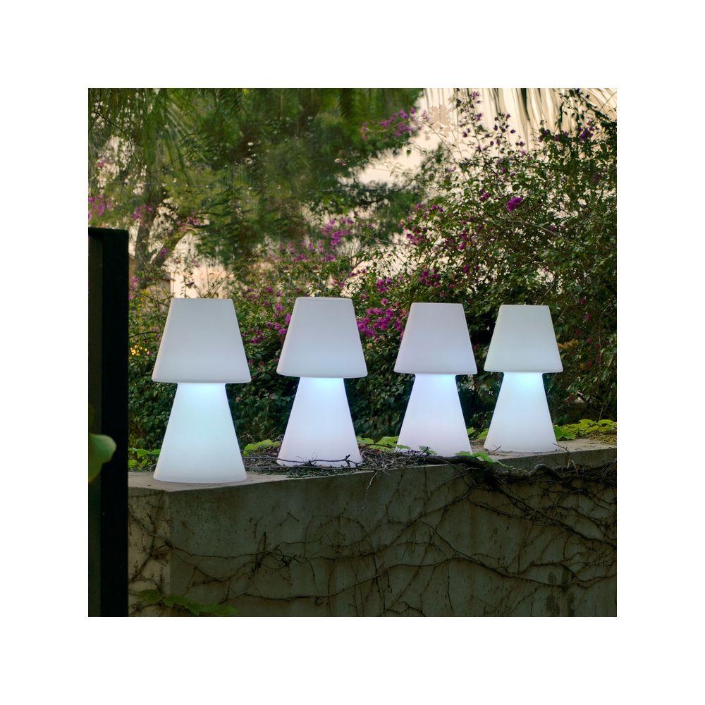 New Garden Lampe à poser extérieure en polyéthylène blanc 45cm LOLA
