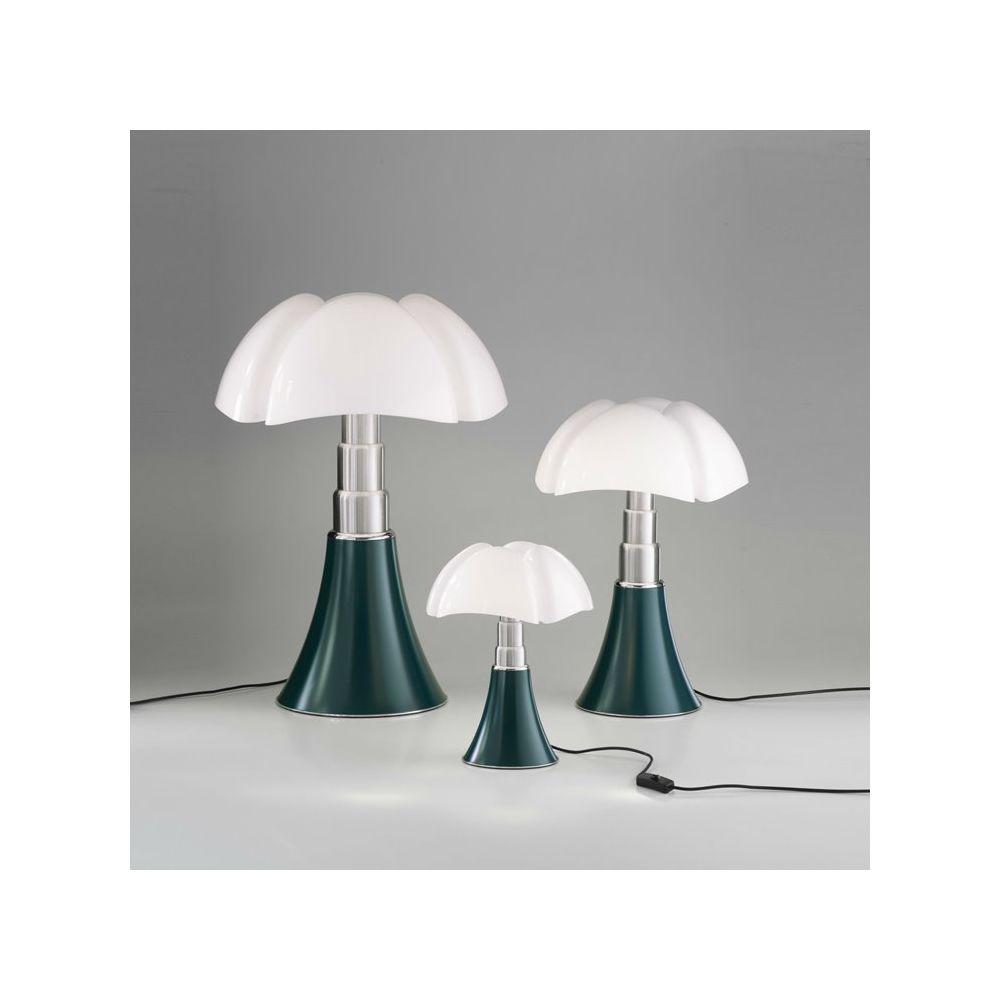 Martinelli Luce PIPISTRELLO-Lampe ampoules LED pied télescopique H66-86cm Vert Agave Martinelli Luce - designé par Gae Aulenti